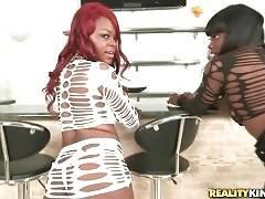 Ebonies Danielle Reid And Daisey Shake Their Booties 1