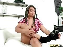 Ebony Vixen Vanity Owns Awesome Big Curves 3